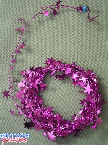 Magenta Star 18' Wire Garland