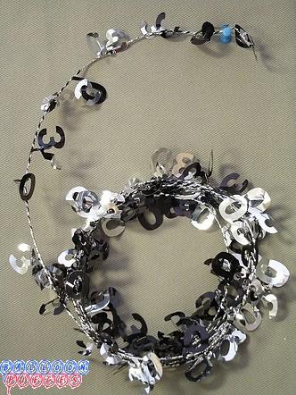 Silver 12' 25th Wire Garland