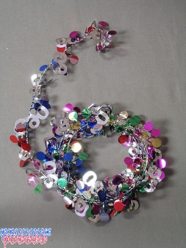 Multicolor 9' 90th Wire Garland