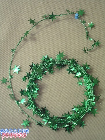 Green Star 25' Wire Garland