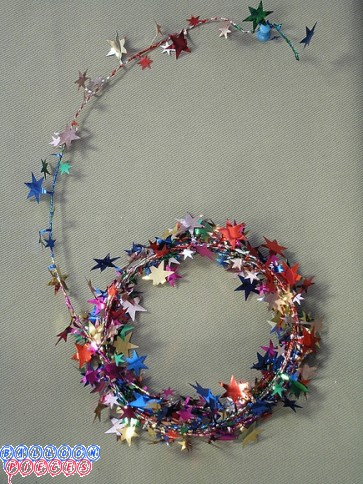 Multicolor Star 25'  Wire Garland